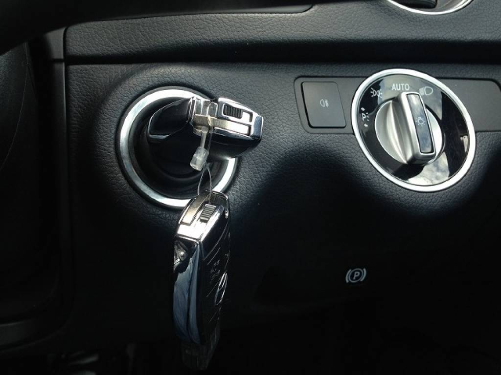 Used 2011 AT Mercedes Benz C-Class 204048 Image[15]