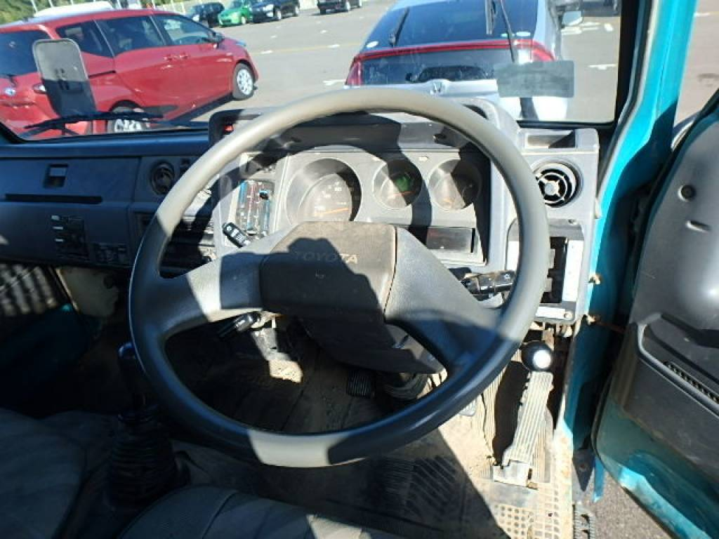 Used 1994 MT Toyota Dyna Truck BU66D Image[11]