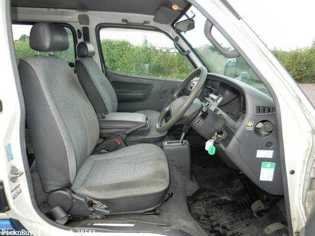 Used 1995 AT Toyota Hiace Van Z-RZH102V Image[18]