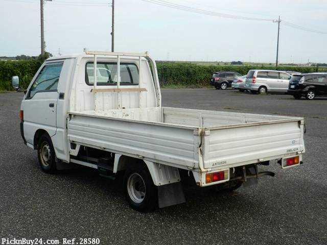 Used 1999 MT Mitsubishi Delica Truck GA-P02T Image[1]