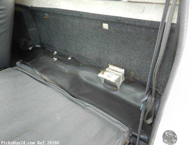 Used 1999 MT Mitsubishi Delica Truck GA-P02T Image[25]