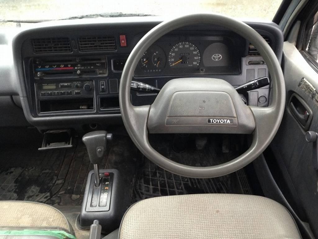 Used 1994 AT Toyota Hiace Van RZH112V Image[27]