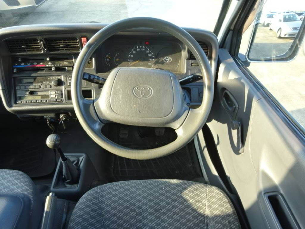 Used 1998 MT Toyota Hiace Van RZH112V Image[19]