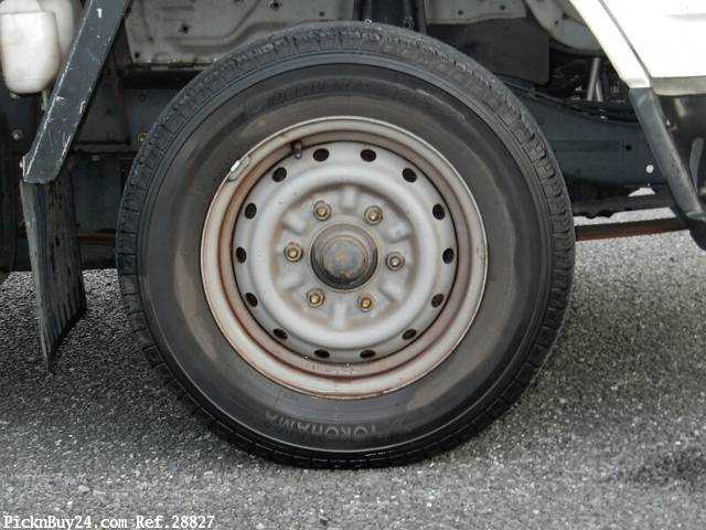 Used 1995 MT Toyota Dyna Truck GB-YY201 Image[8]