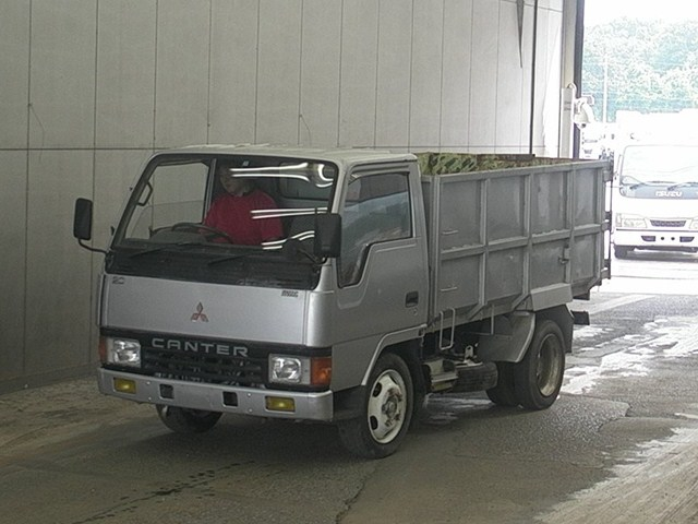 Used 1990 MT Mitsubishi Canter FE307BD