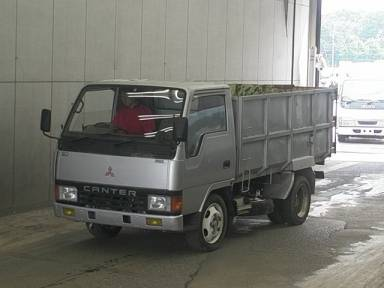 Mitsubishi Canter 1990 from Japan