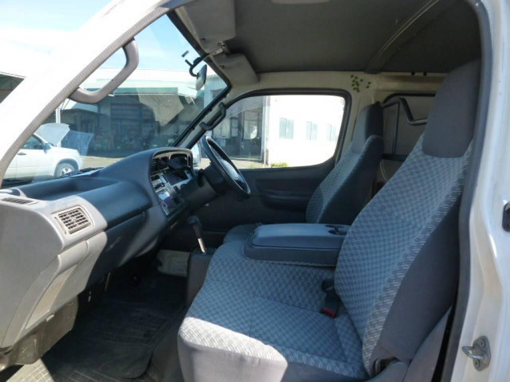 Used 2000 AT Toyota Hiace Van RZH112V Image[11]