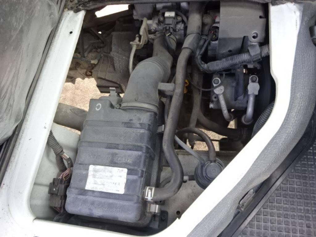 Used 1999 MT Suzuki Carry Truck DB52T Image[28]