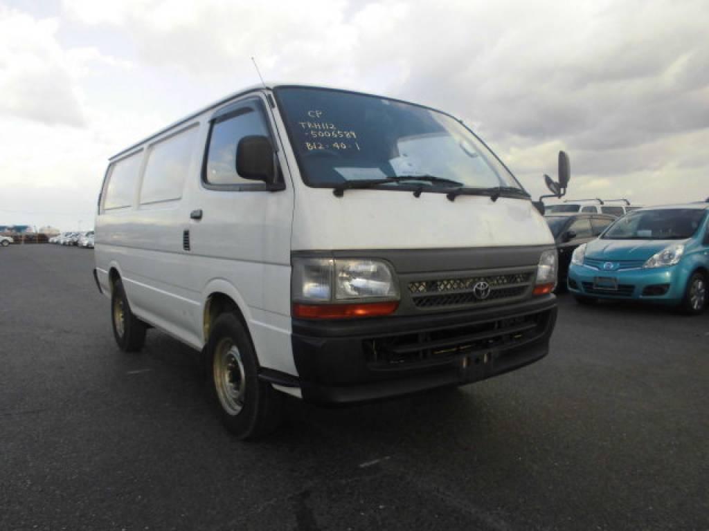 Used 2004 MT Toyota Hiace Van TRH112V