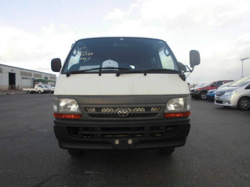 Used 2004 MT Toyota Hiace Van TRH112V Image[1]