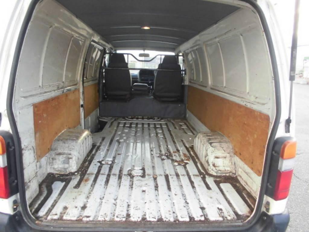 Used 2004 MT Toyota Hiace Van TRH112V Image[6]