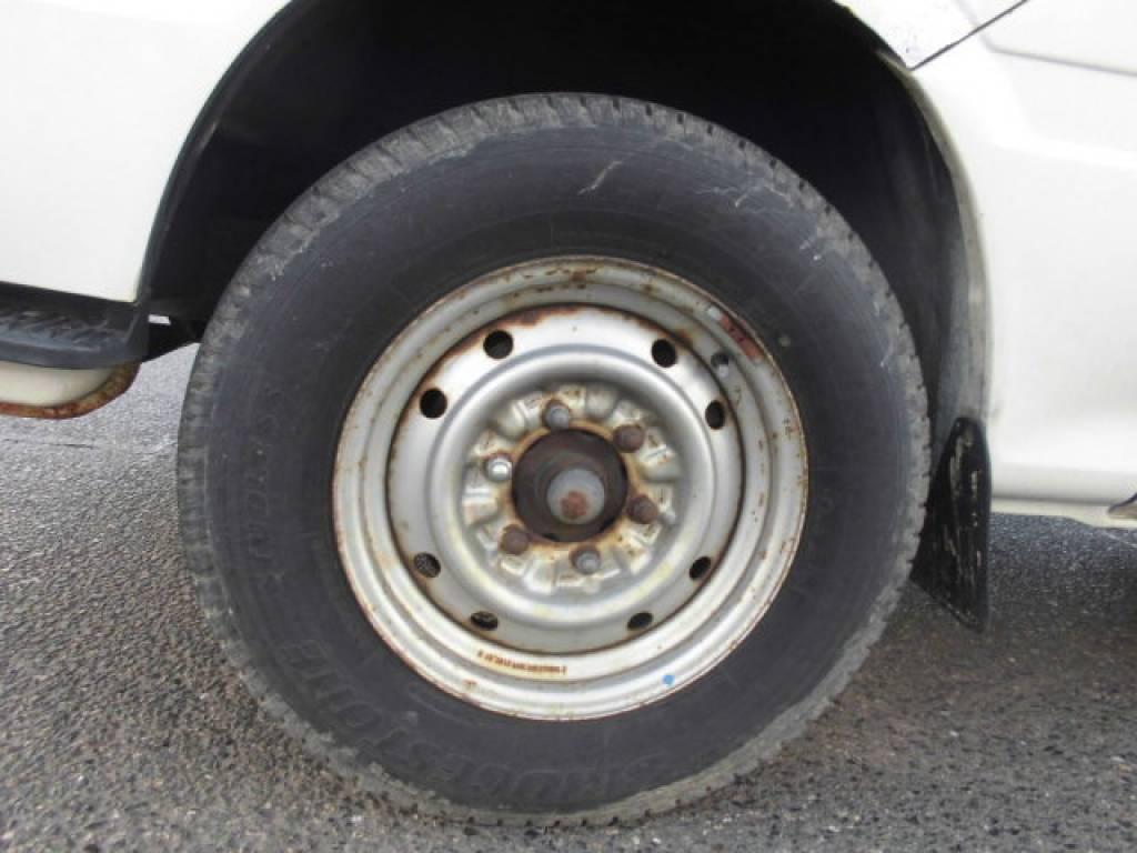 Used 2004 MT Toyota Hiace Van TRH112V Image[7]