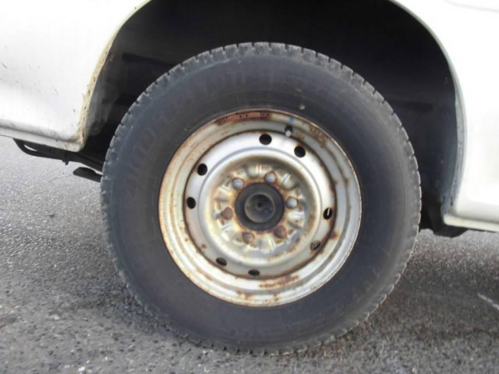 Used 2004 MT Toyota Hiace Van TRH112V Image[9]