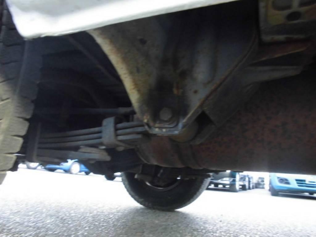 Used 2004 MT Toyota Hiace Van TRH112V Image[17]