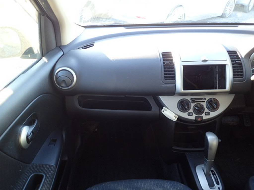 Used 2008 AT Nissan Note E11 Image[15]