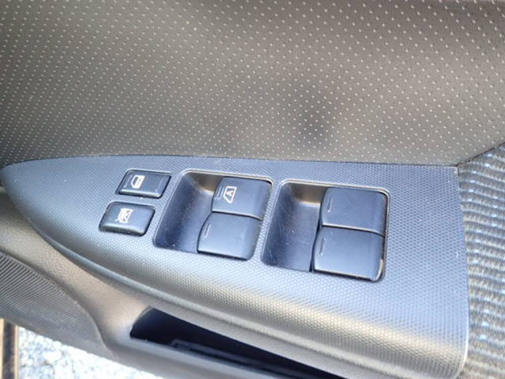 Used 2008 AT Nissan Note E11 Image[17]