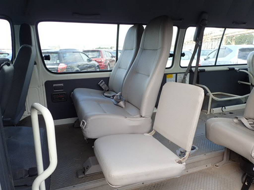 Used 2002 AT Toyota Hiace Commuter RZH125B Image[15]