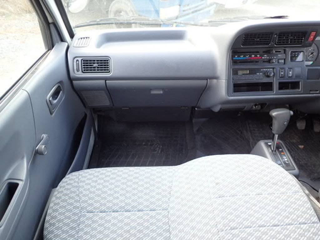 Used 2002 AT Toyota Hiace Commuter RZH125B Image[20]