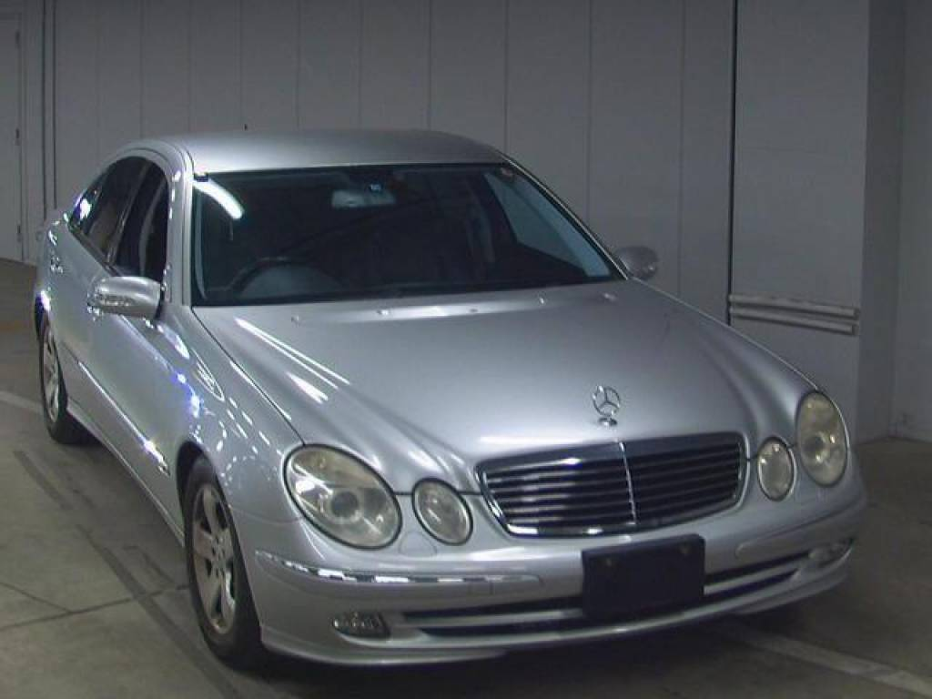 Used 2004 AT Mercedes Benz E-Class GH-211061