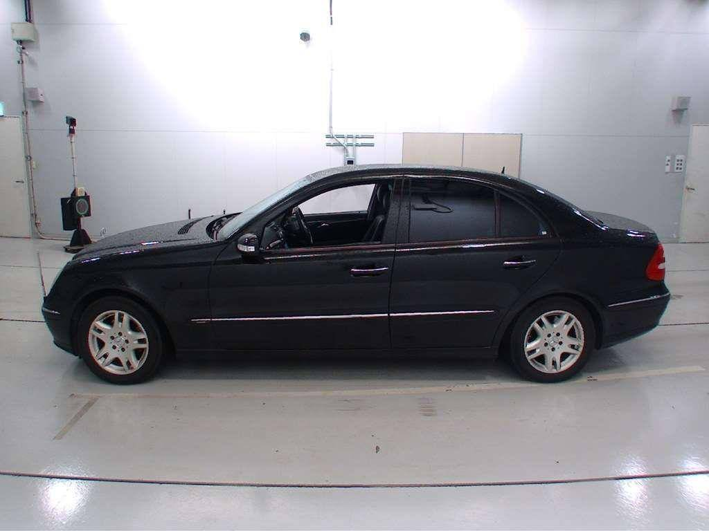 Used 2004 AT Mercedes Benz E-Class 211065 Image[3]