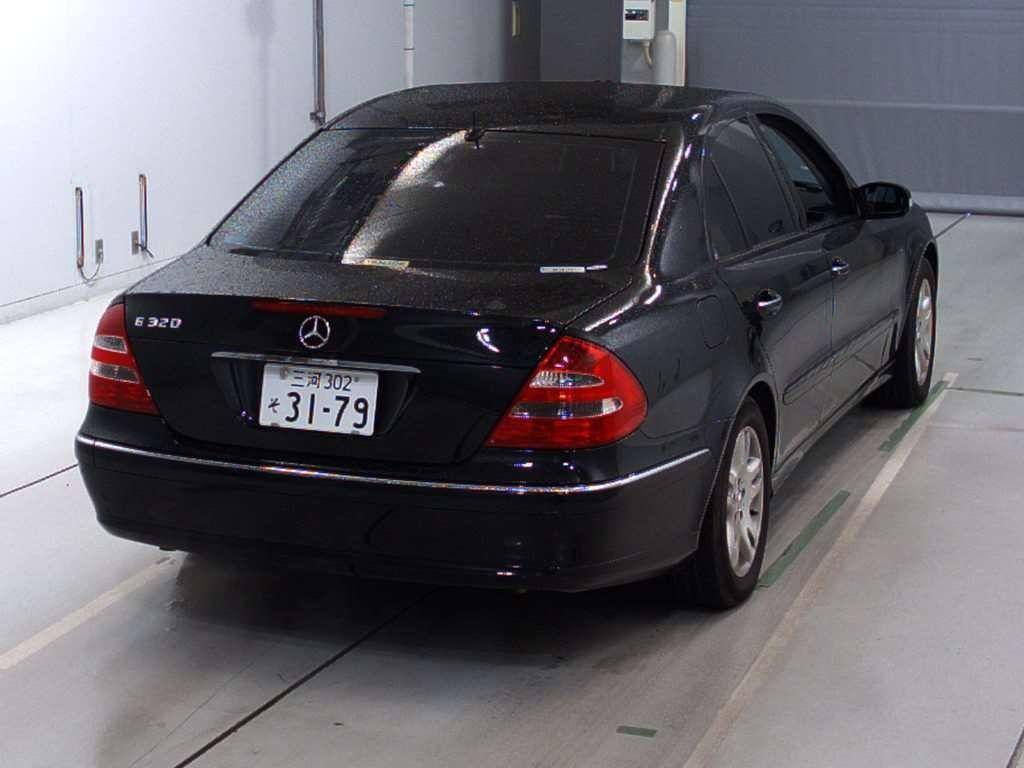 Used 2004 AT Mercedes Benz E-Class 211065 Image[5]