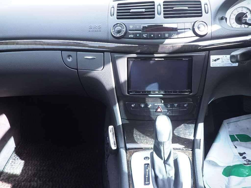Used 2004 AT Mercedes Benz E-Class 211065 Image[9]