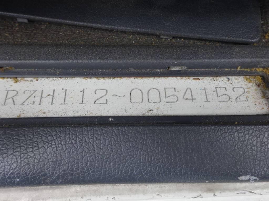 Used 2000 AT Toyota Hiace Van RZH112V Image[17]