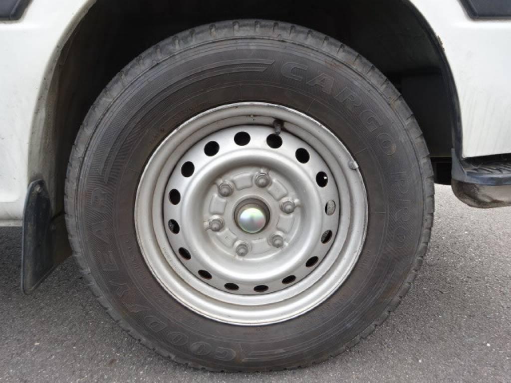 Used 2000 AT Toyota Hiace Van RZH112V Image[22]