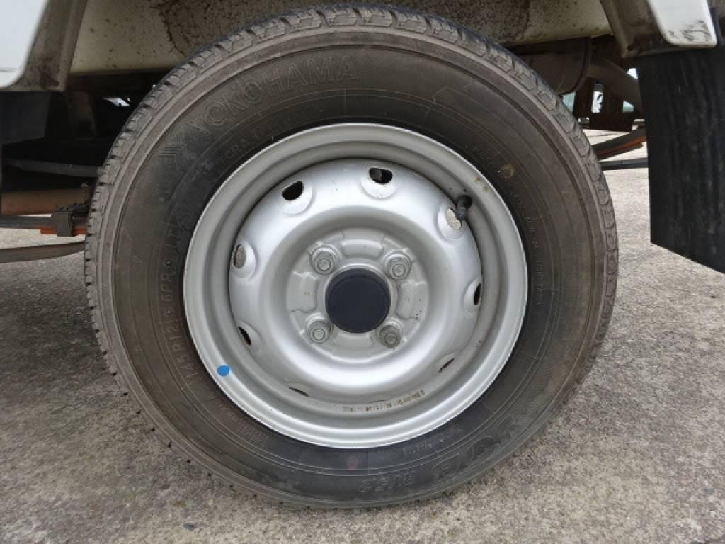 Used 1999 MT Suzuki Carry Truck DB52T Image[7]