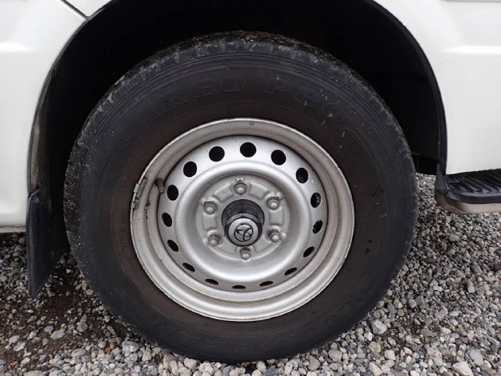 Used 2004 AT Toyota Hiace Commuter TRH124B Image[25]
