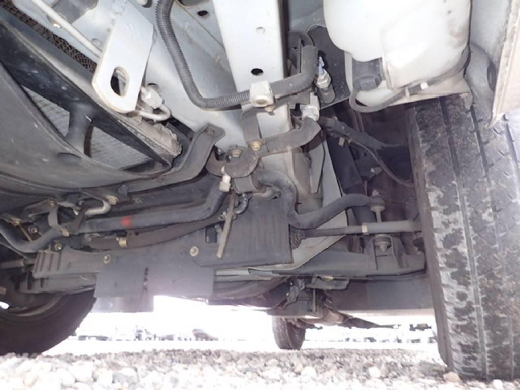 Used 2004 AT Toyota Hiace Commuter TRH124B Image[27]