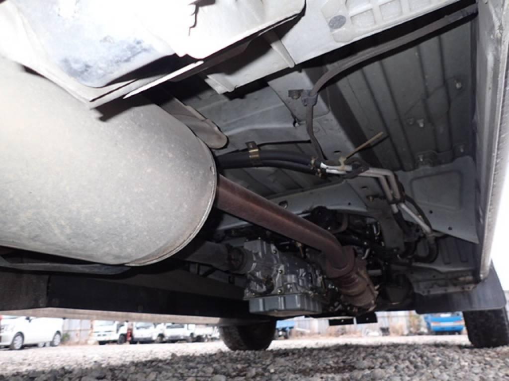 Used 2004 AT Toyota Hiace Commuter TRH124B Image[33]