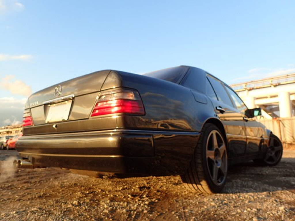 Used 1995 AT Mercedes Benz E-Class 124036 Image[2]