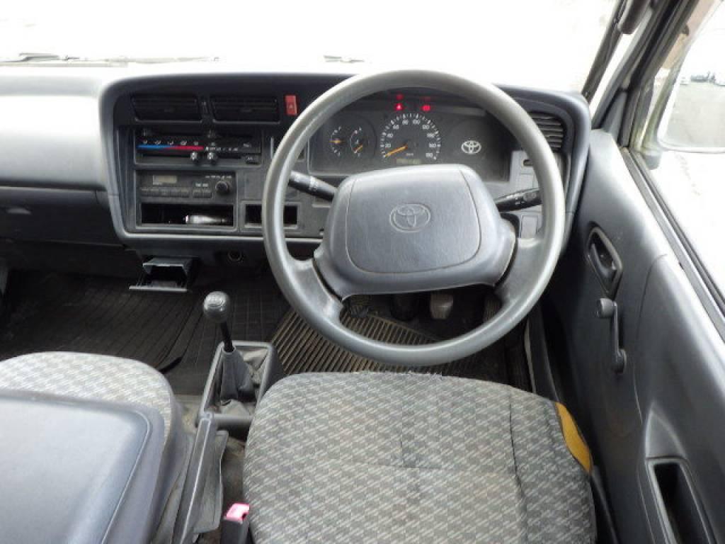 Used 2004 MT Toyota Hiace Van LH172V Image[8]