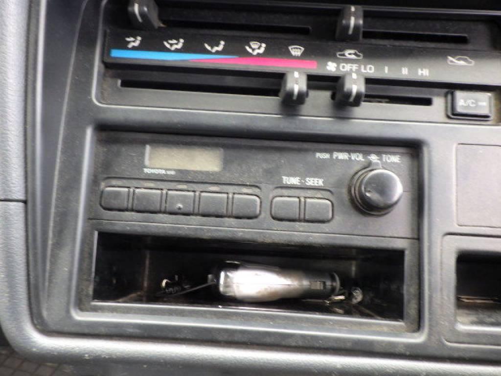 Used 2004 MT Toyota Hiace Van LH172V Image[10]