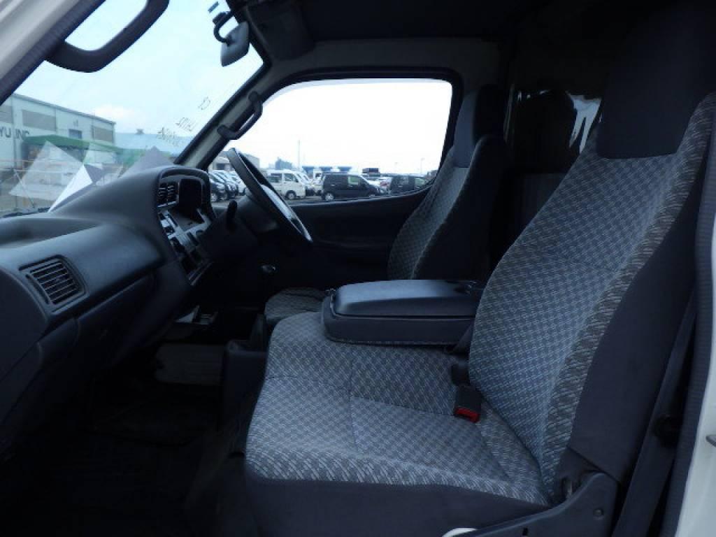 Used 2004 MT Toyota Hiace Van LH172V Image[13]