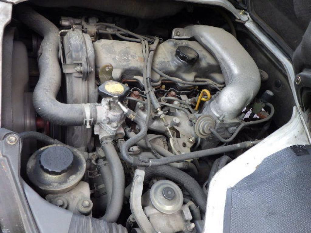 Used 2004 MT Toyota Hiace Van LH172V Image[29]