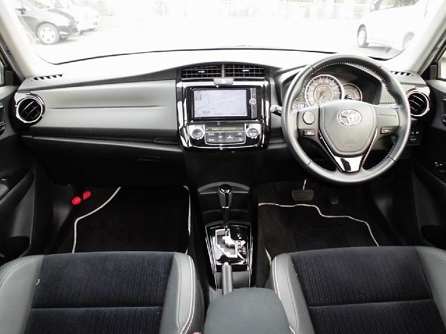 Used 2013 AT Toyota Corolla Fielder DBA-ZRE162G Image[1]