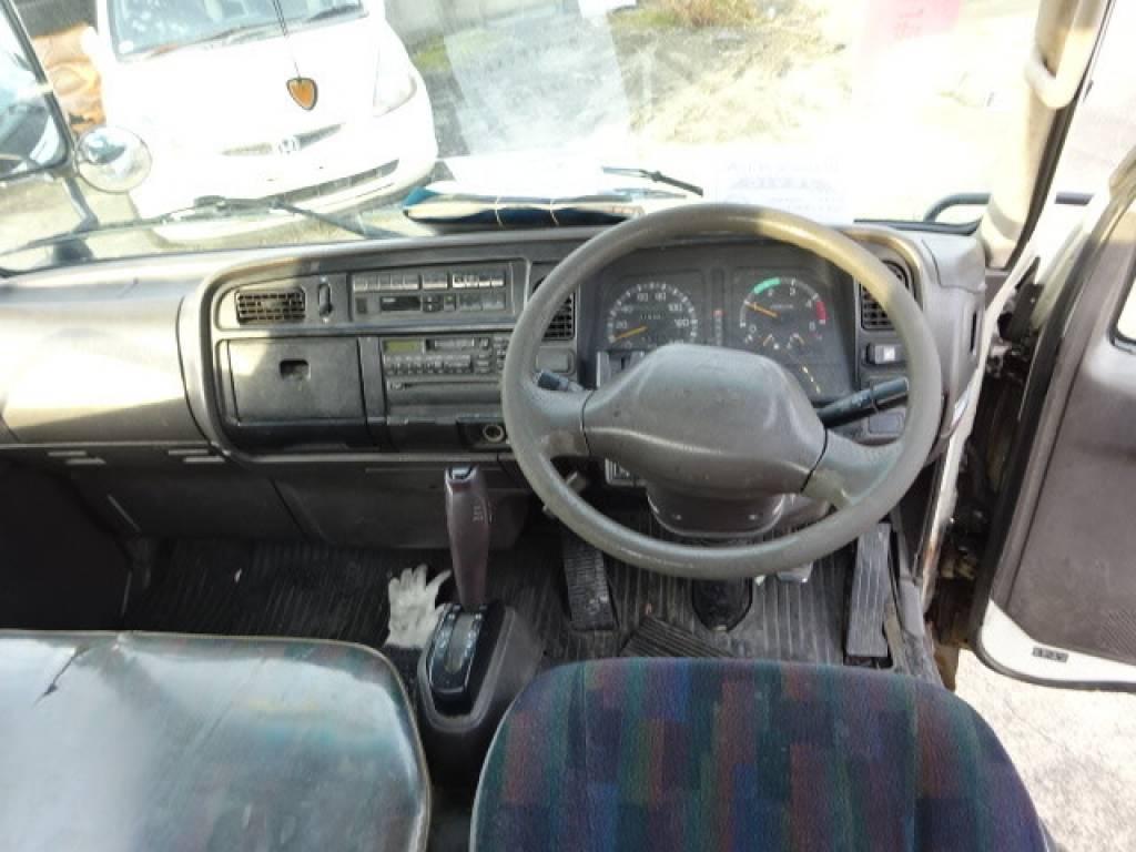 Used 2000 AT Mitsubishi Canter FB50AB Image[11]