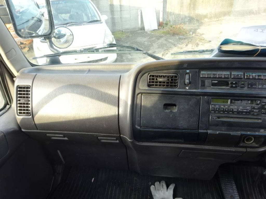 Used 2000 AT Mitsubishi Canter FB50AB Image[12]
