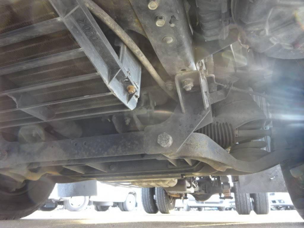 Used 2000 AT Mitsubishi Canter FB50AB Image[22]