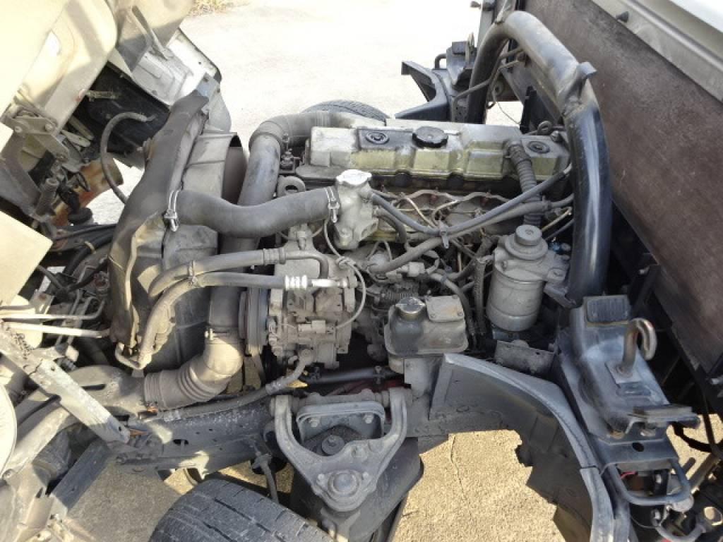 Used 2000 AT Mitsubishi Canter FB50AB Image[33]