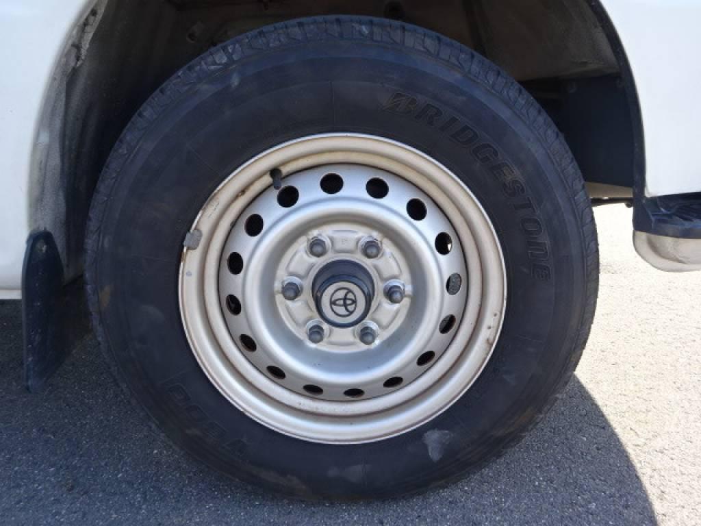 Used 1996 AT Toyota Hiace Van RZH112V Image[15]