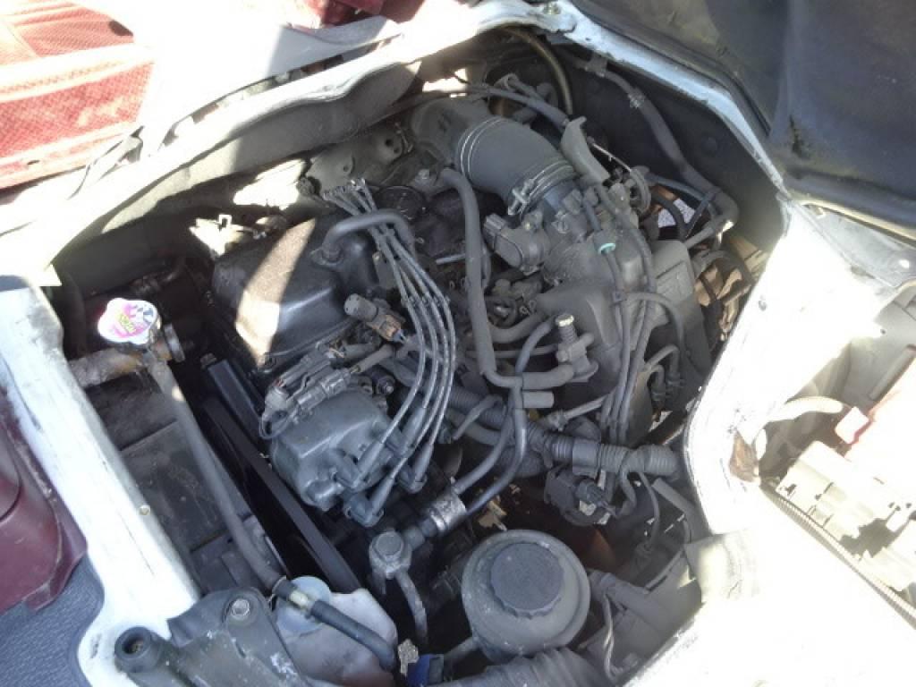 Used 2000 AT Toyota Hiace Van RZH112V Image[28]