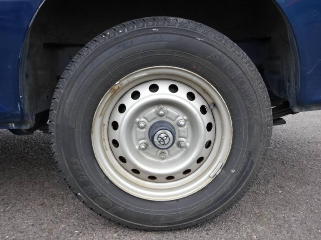 Used 2004 MT Toyota Hiace Van TRH112V Image[10]