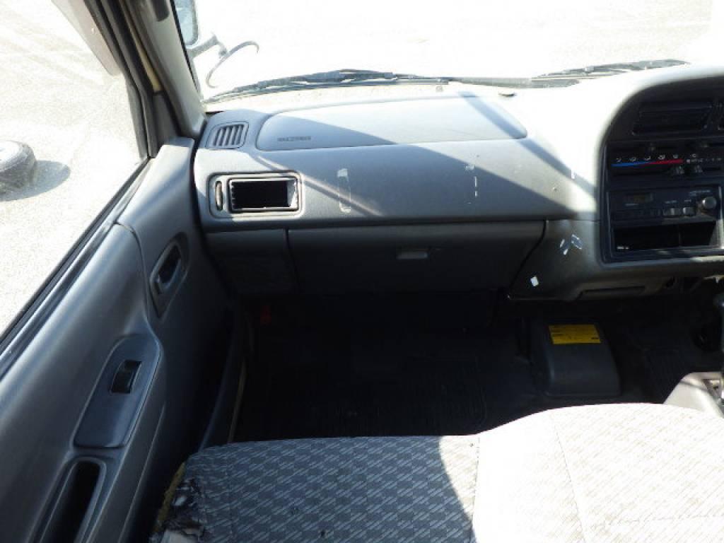 Used 2001 AT Toyota Hiace Van RZH102V Image[9]