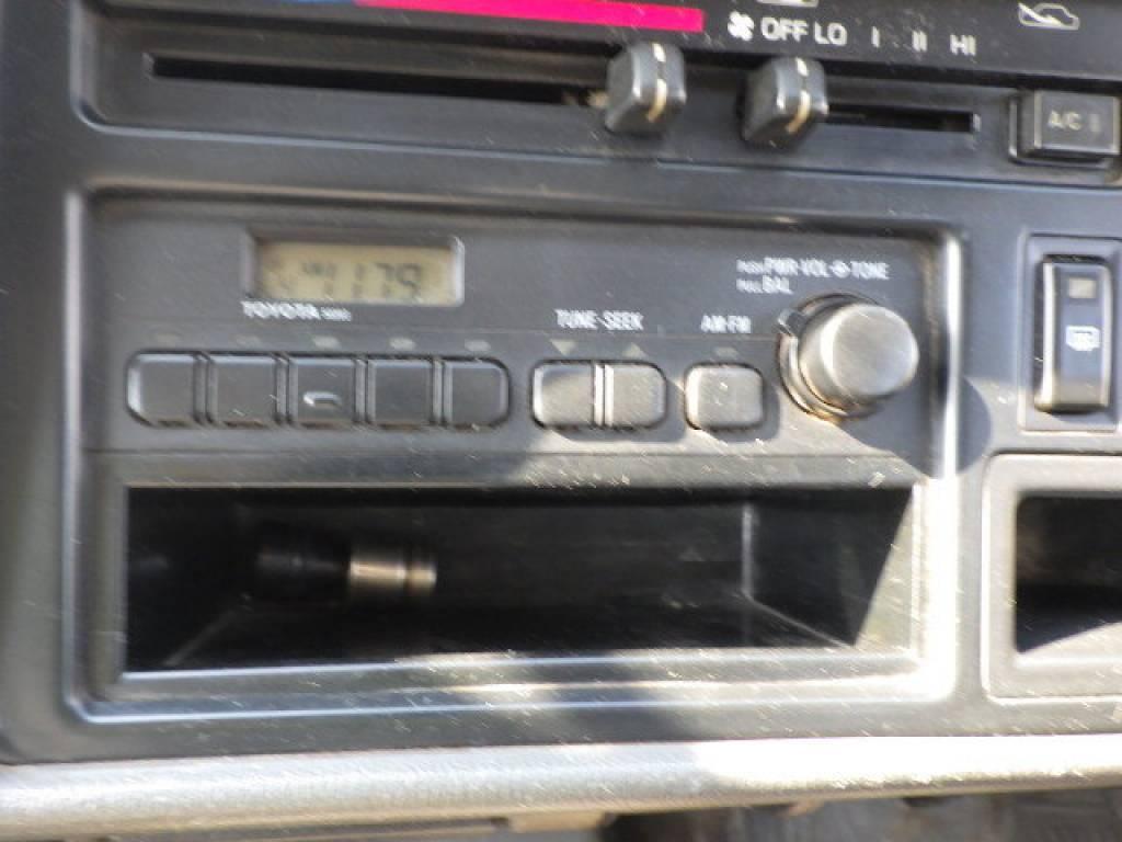 Used 2001 AT Toyota Hiace Van RZH102V Image[10]