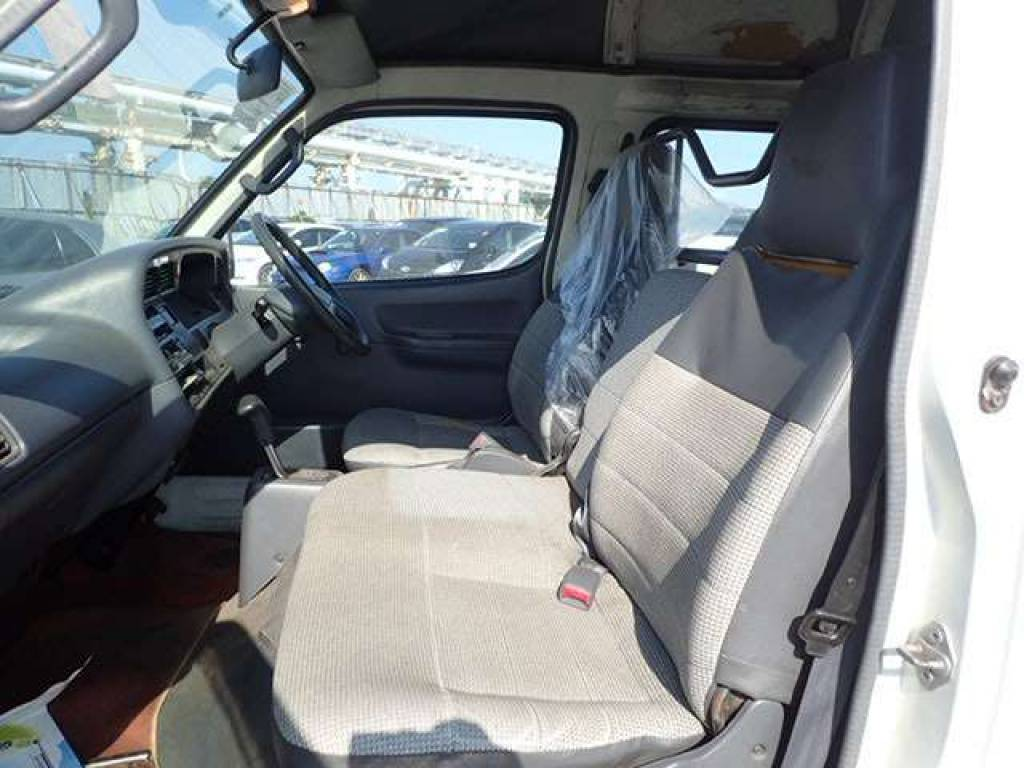 Used 1997 AT Toyota Hiace Van RZH112K Image[8]