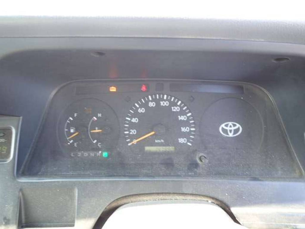 Used 1997 AT Toyota Hiace Van RZH112K Image[14]