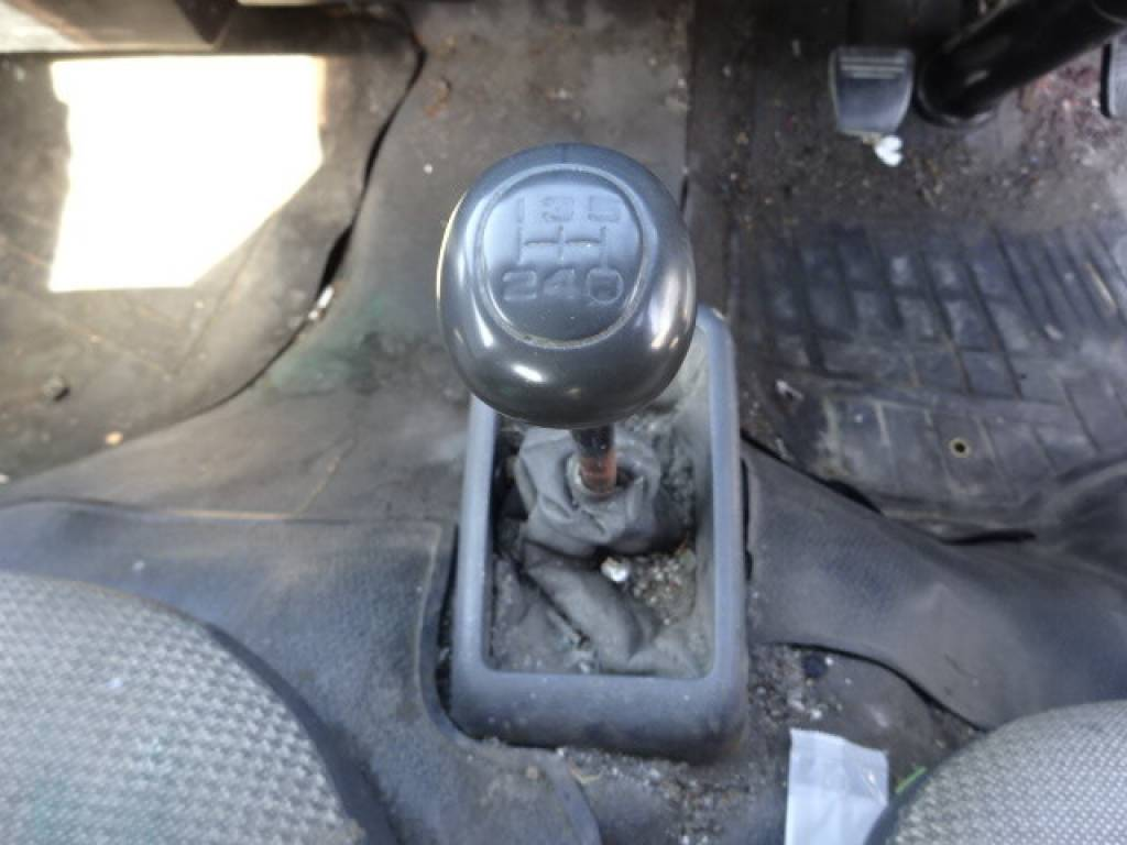 Used 1998 MT Toyota Hiace Van LH113V Image[17]